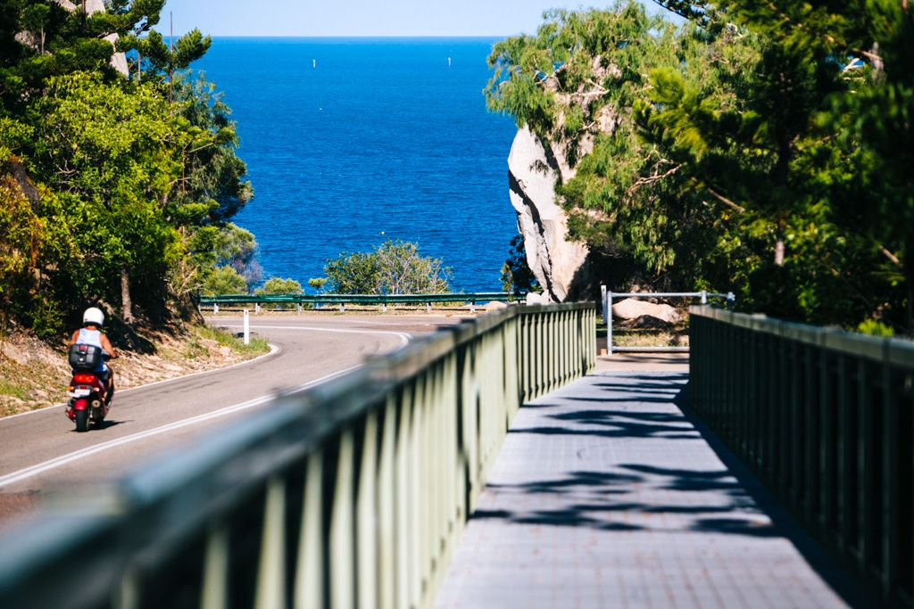 Magnetic island walking path