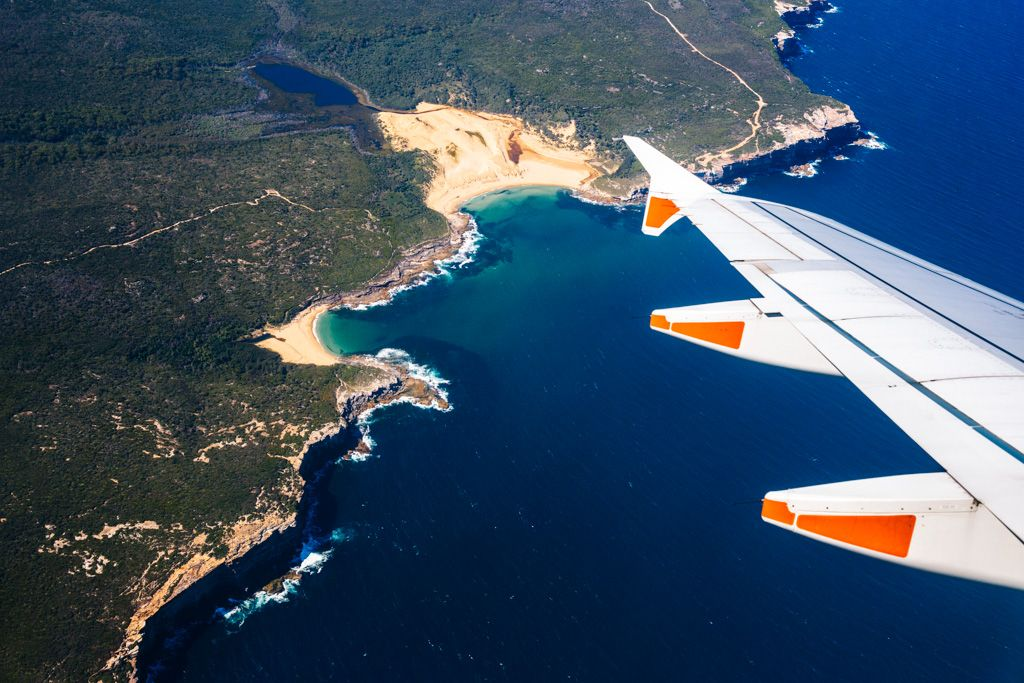 does jetstar weigh carry on