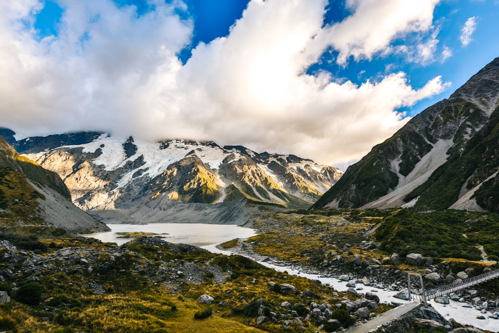 hooker valley hike