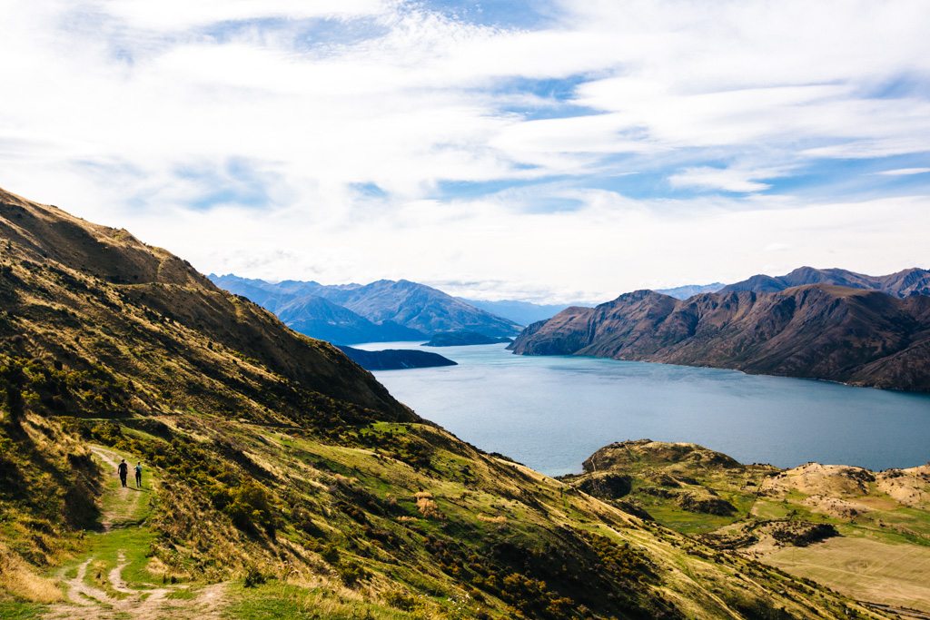hiking roys peak