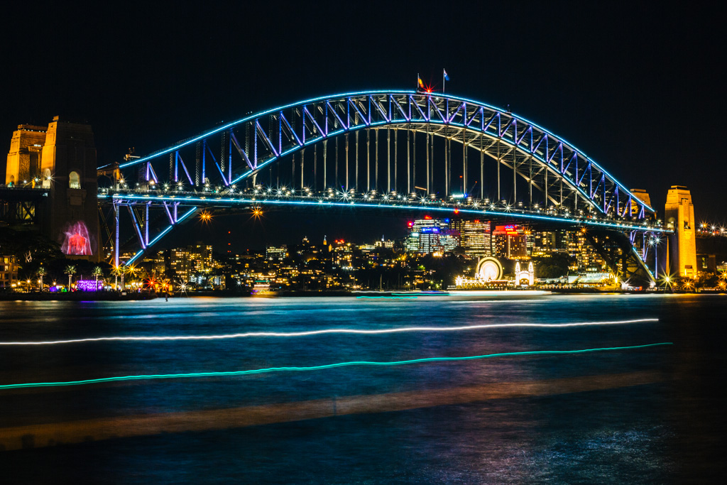 vivid sydney harbour bridge