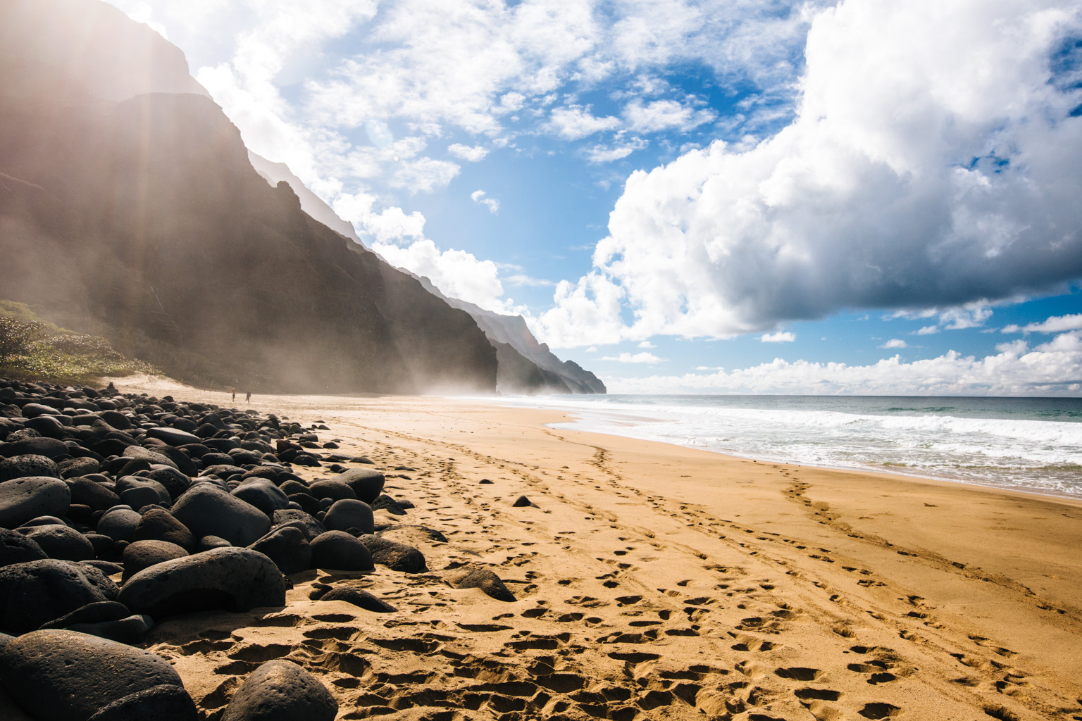 best time to hike kalalau trail