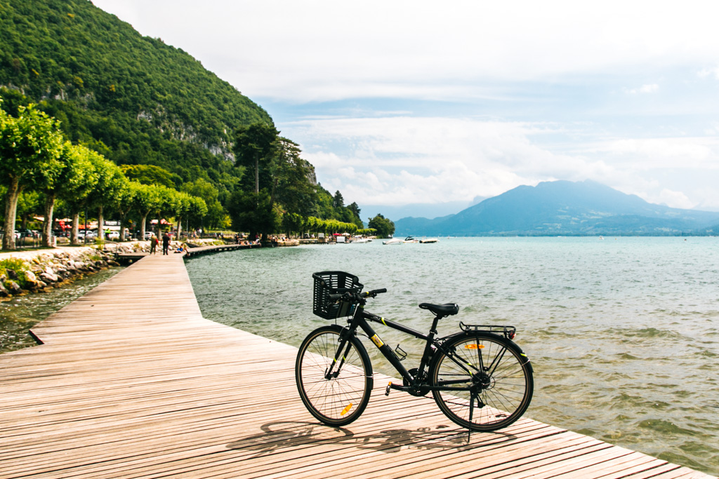 cycling in annecy france