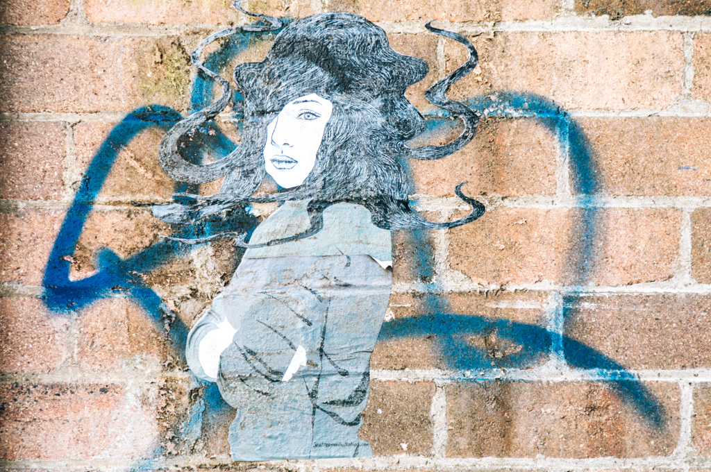 street art blue mountains