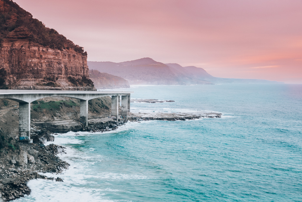 sea cliff bridge wollongong