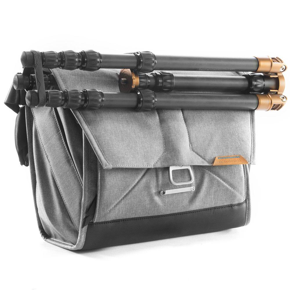 camera bag travel