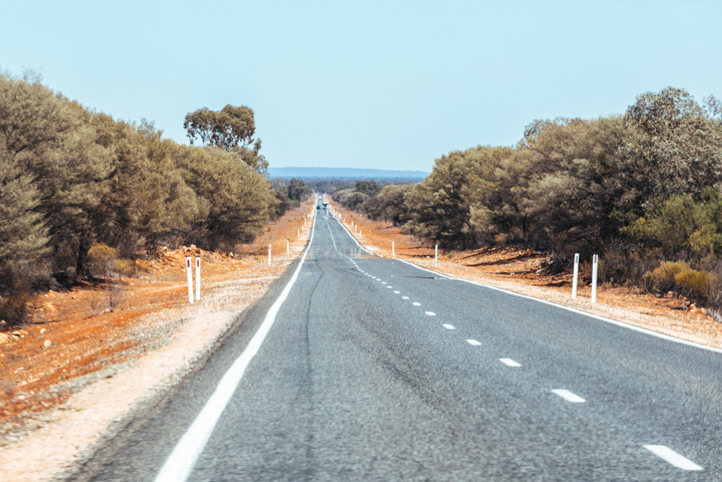 sydney to broken hill