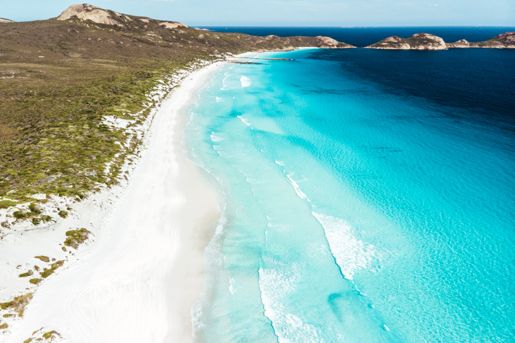 lucky bay esperance beach